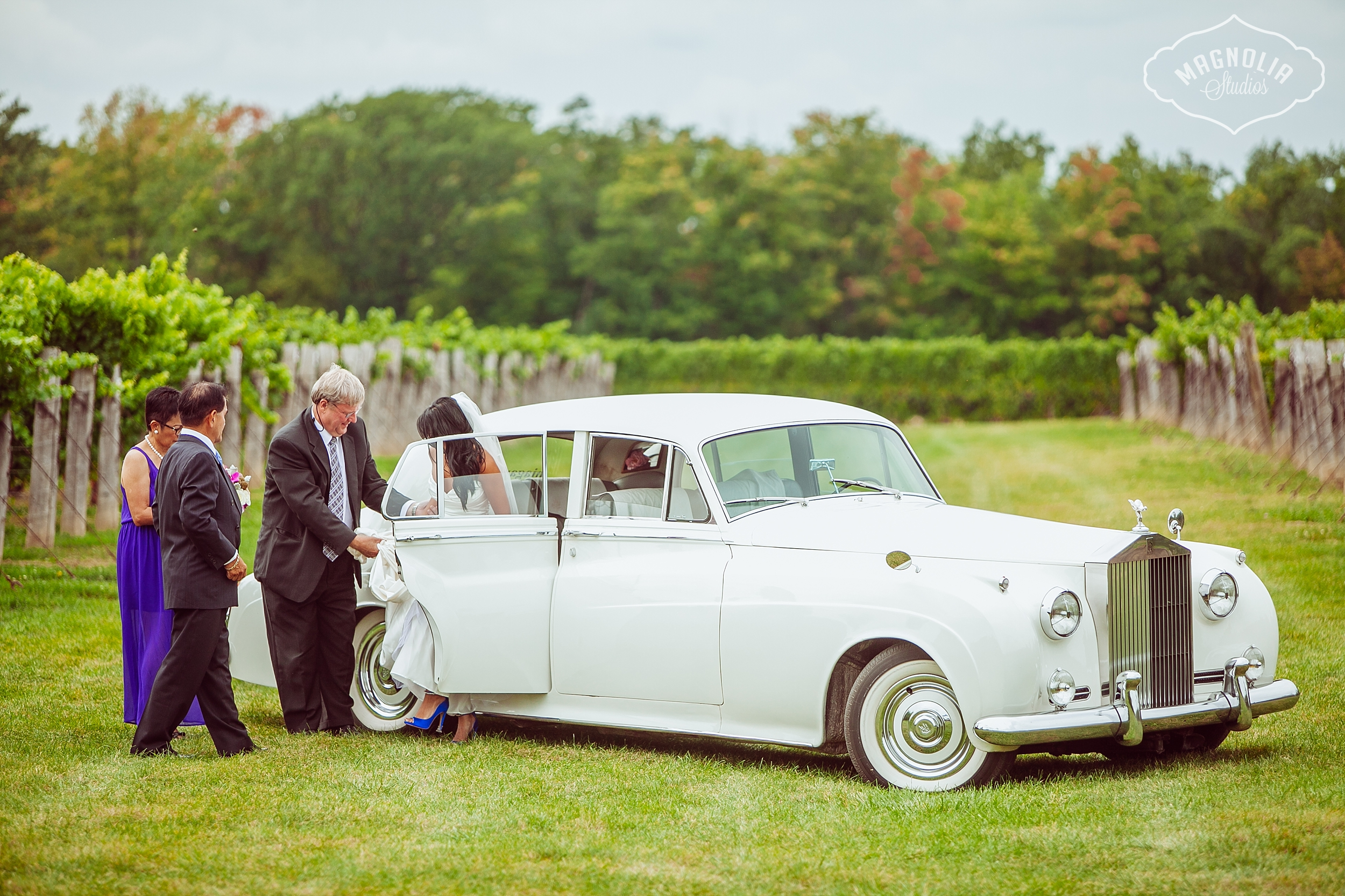 Cavesprings_Winery_Wedding_NOTL-0028