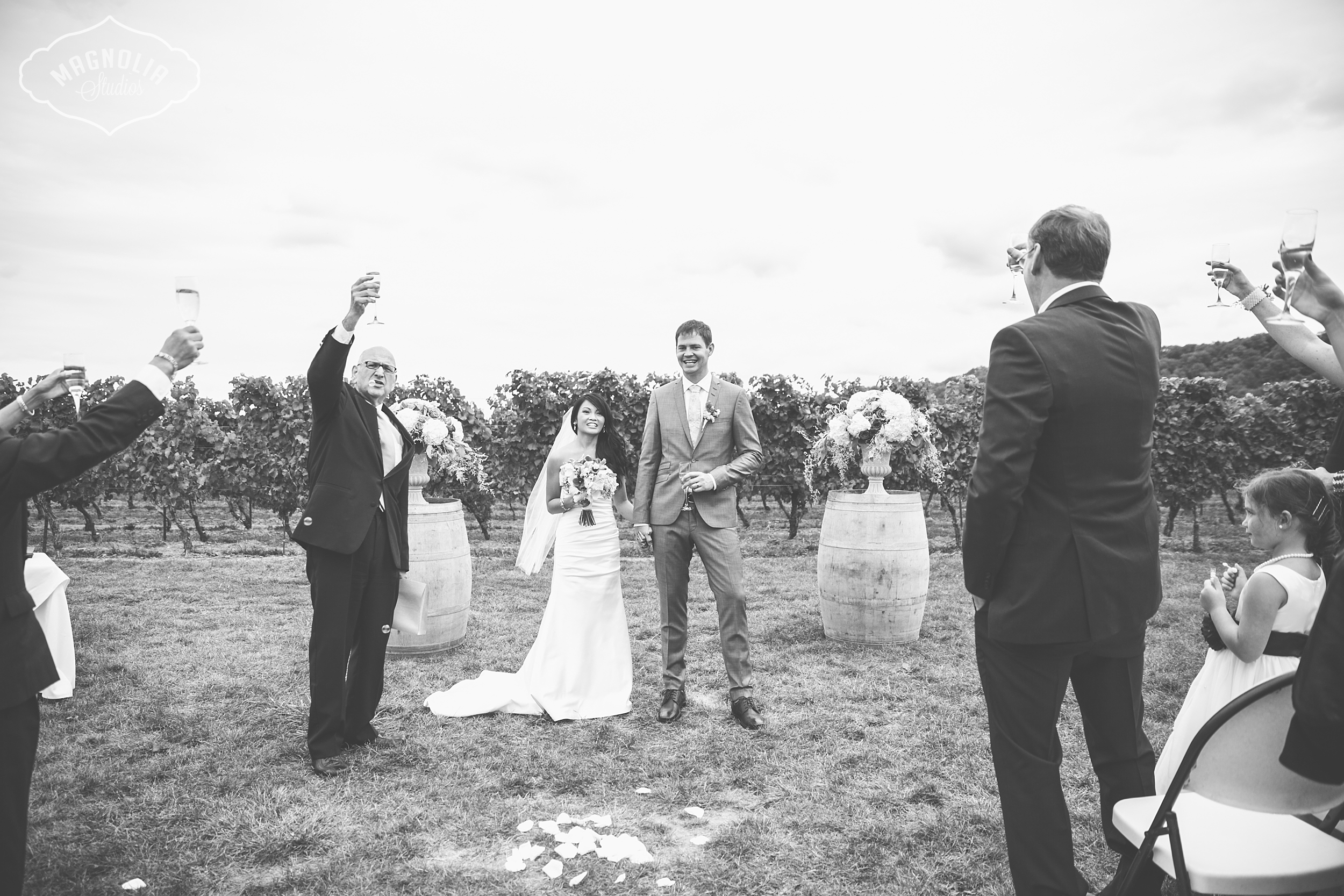 Cavesprings_Winery_Wedding_NOTL-0033