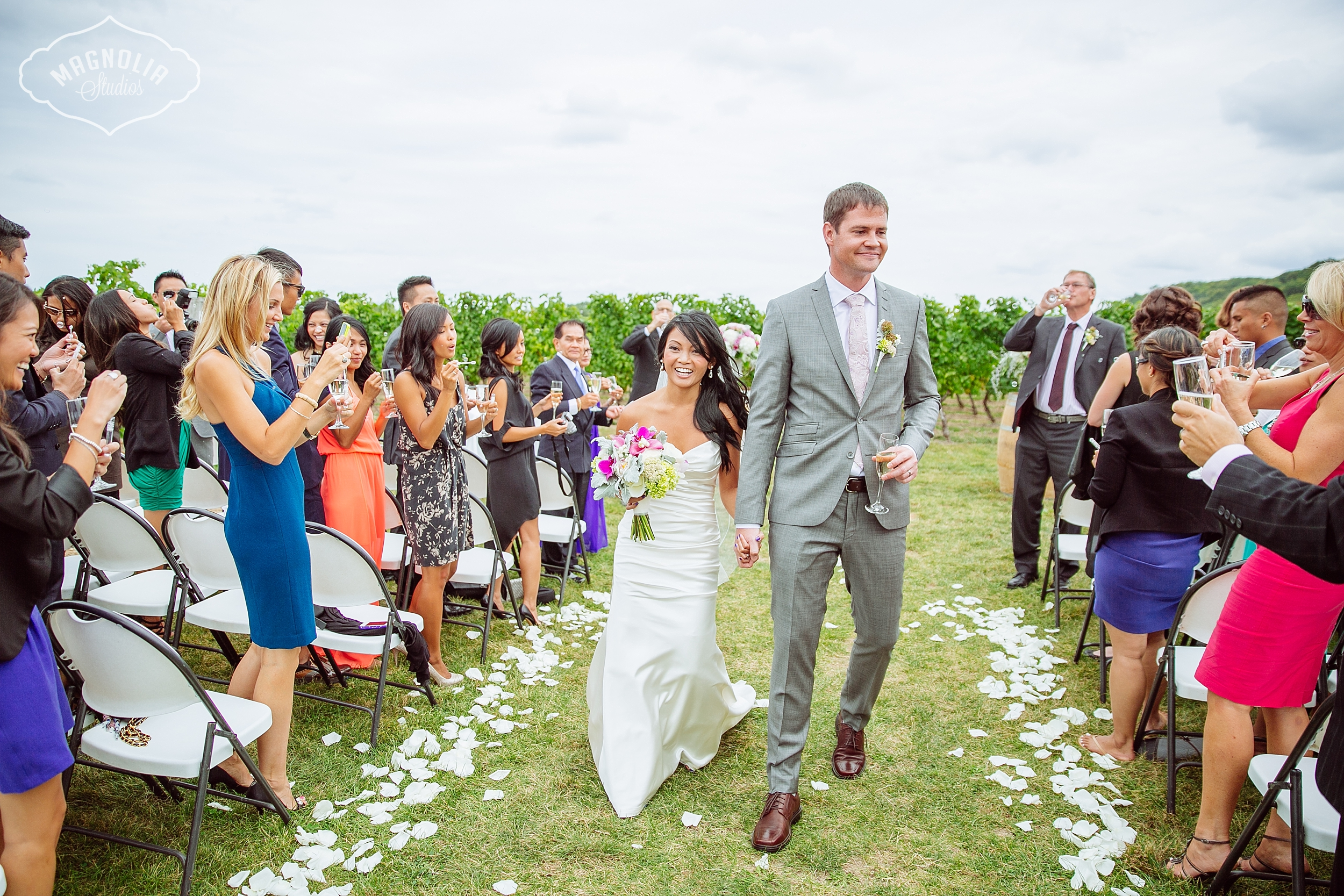 Cavesprings_Winery_Wedding_NOTL-0034
