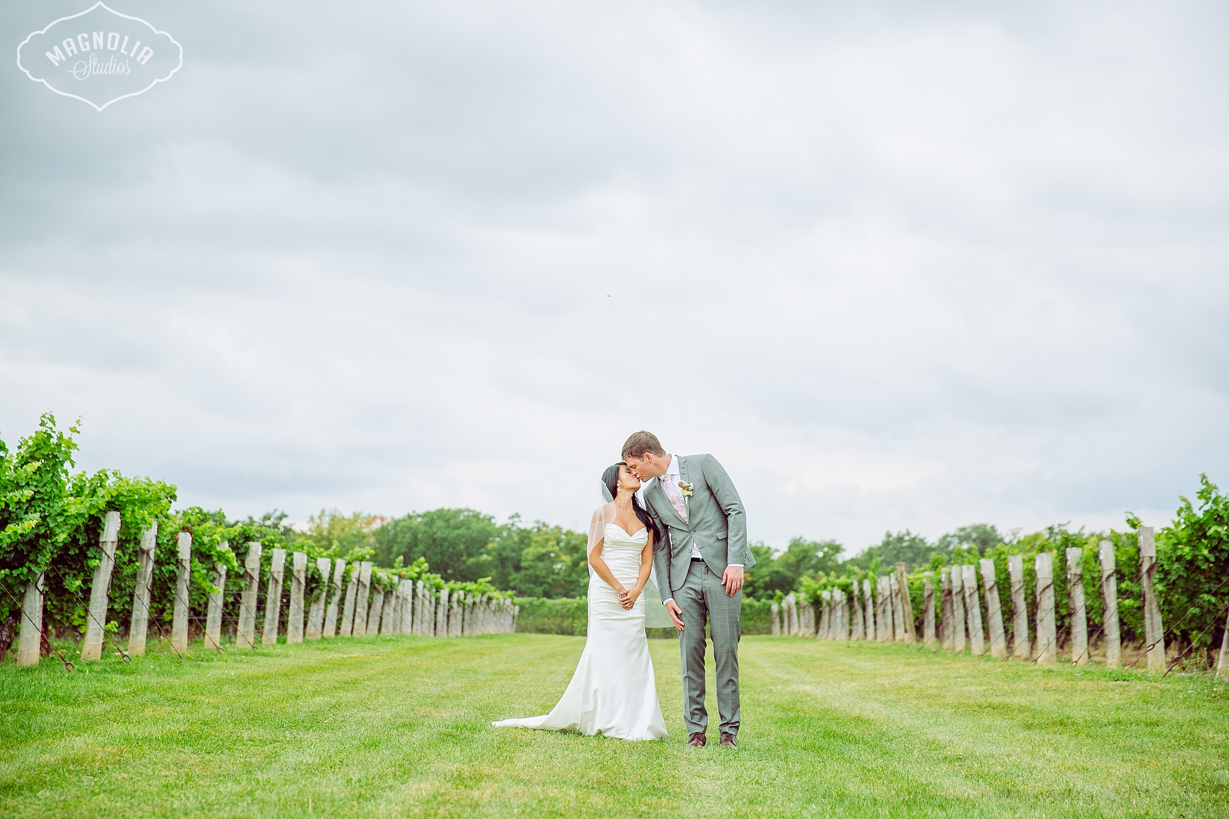 Cavesprings_Winery_Wedding_NOTL-0042