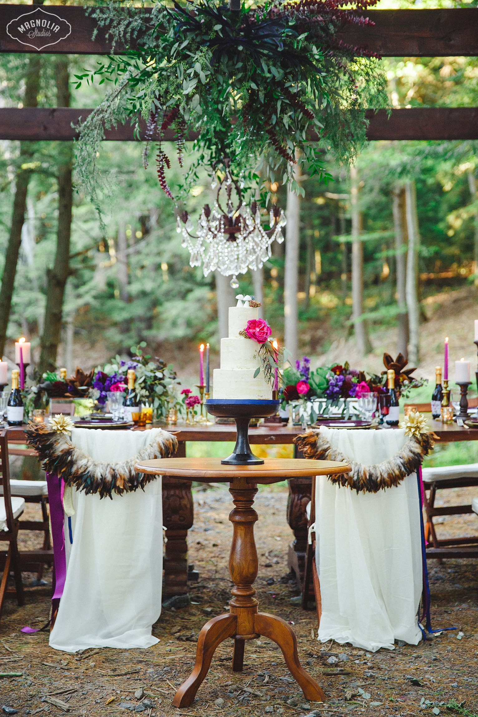 bohemian chair garlands for bride and groom