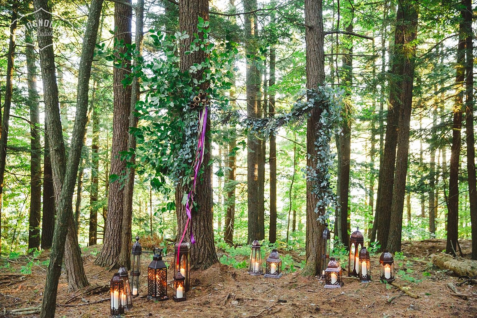 Balinese luminescent lanterns for wedding decor