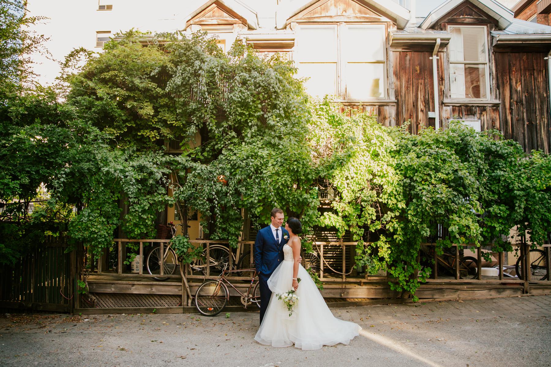 stylish toronto wedding photography