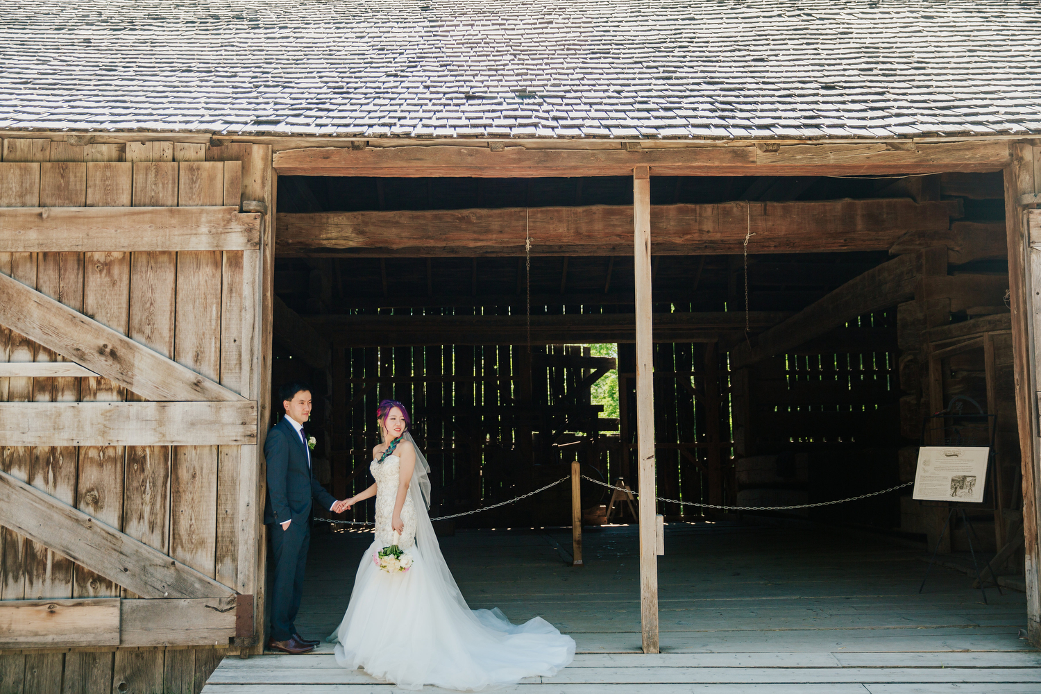 wedding photography at black creek pioneer village
