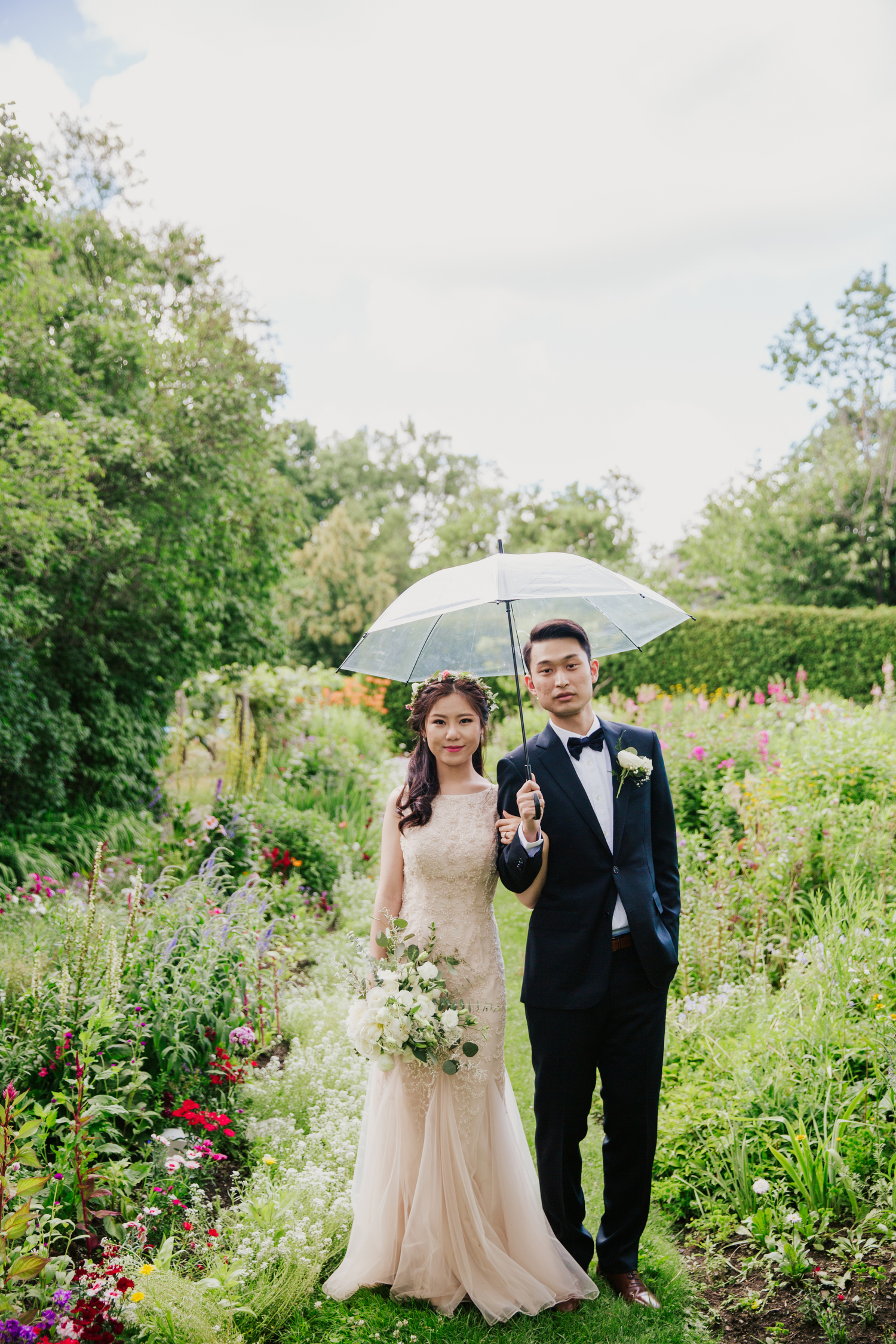 wedding photography at spadina house