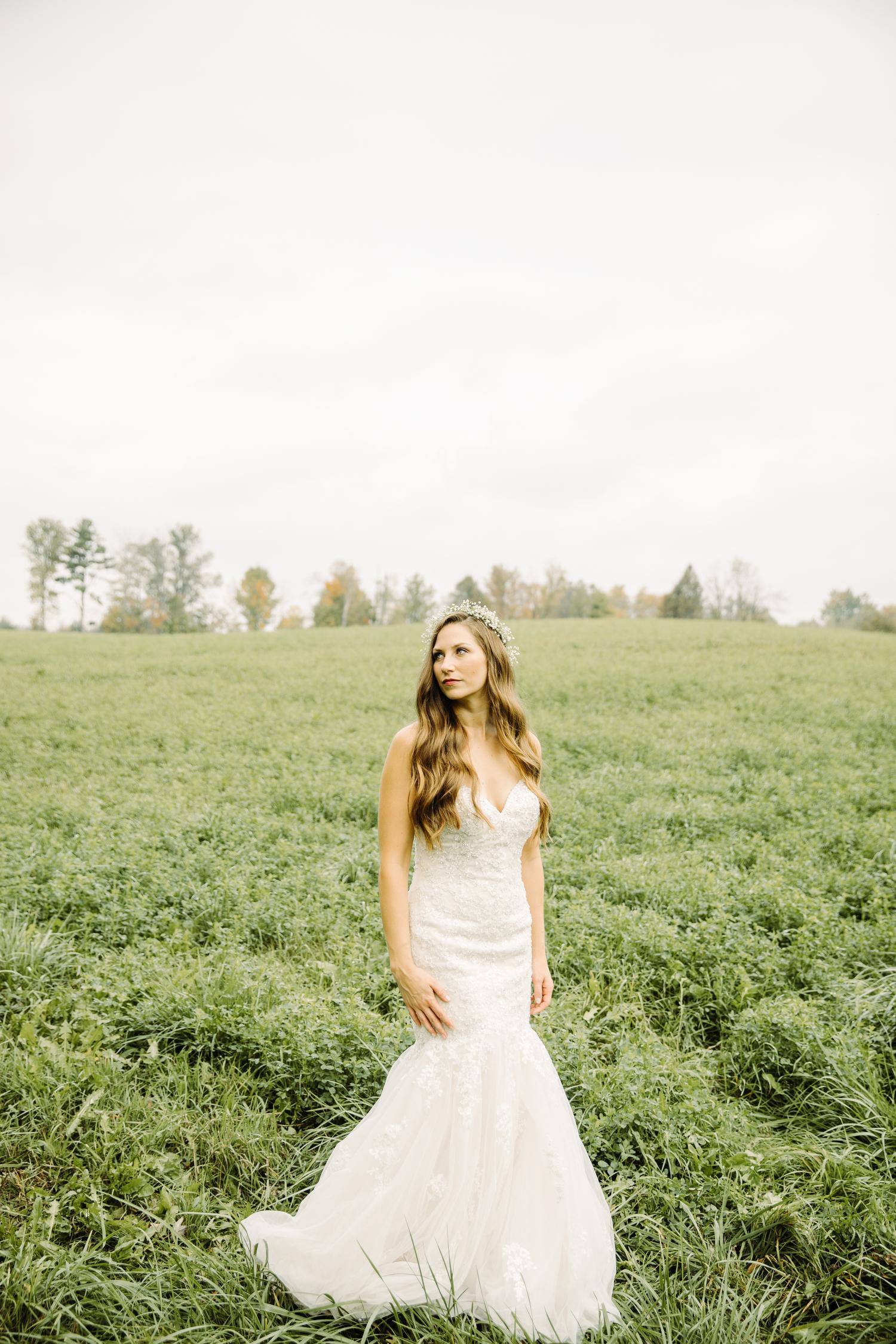 stylish modern bohemian bride