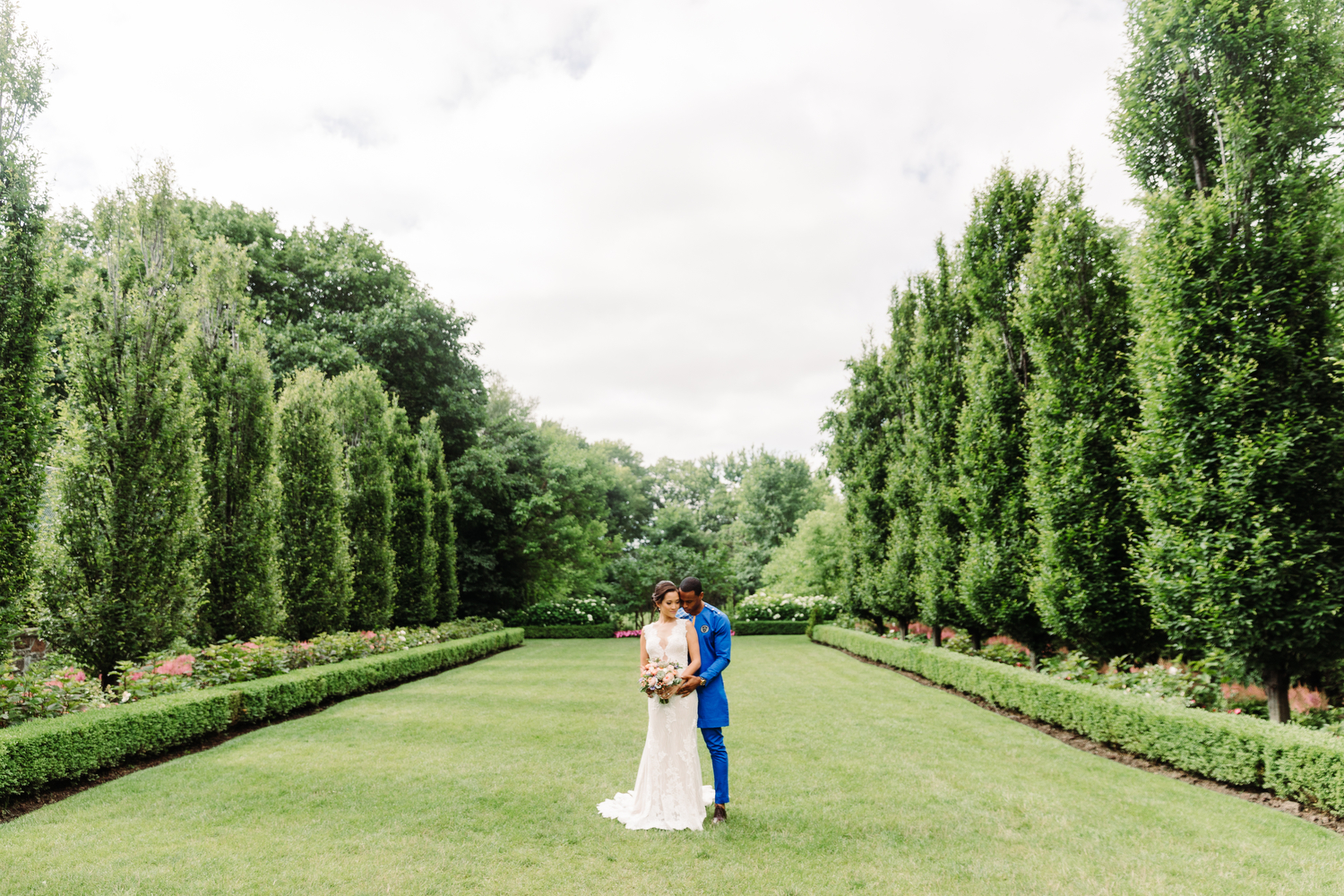 wedding photography at graydon hall toronto