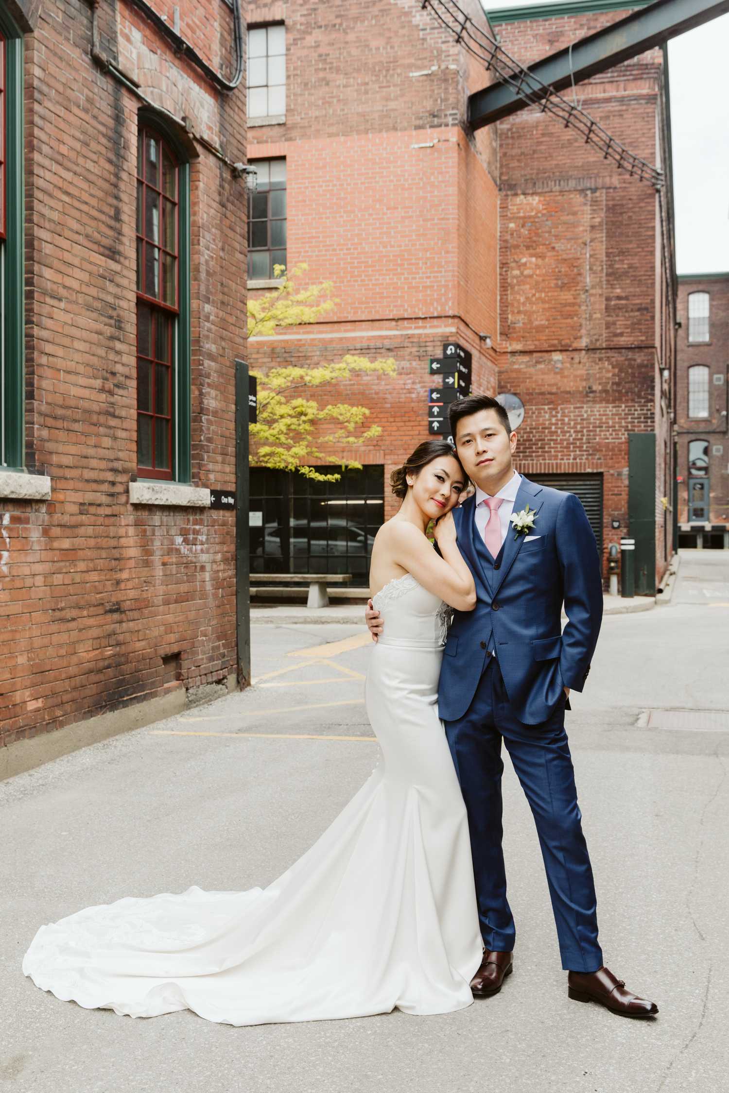 Toronto loft wedding photography by Magnolia Studios
