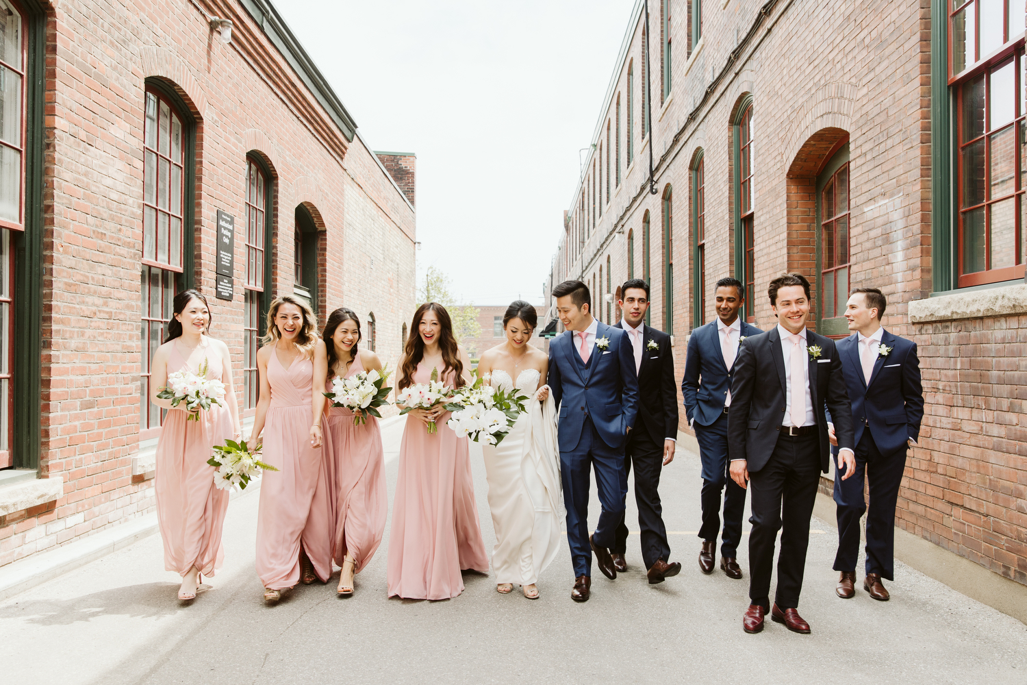 modern candid wedding photography by Magnolia Studios Toronto