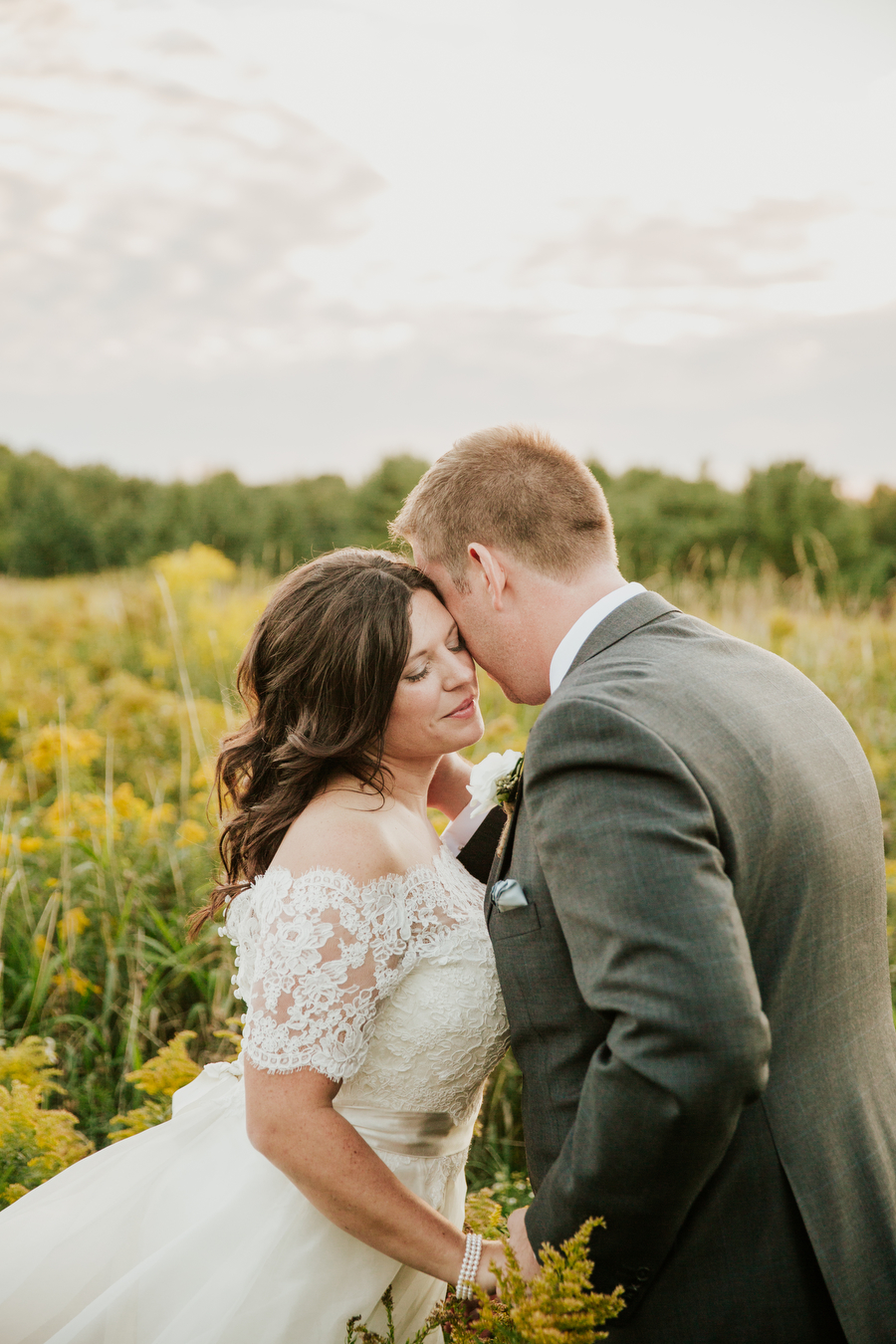 belcroft estates rustic barn wedding