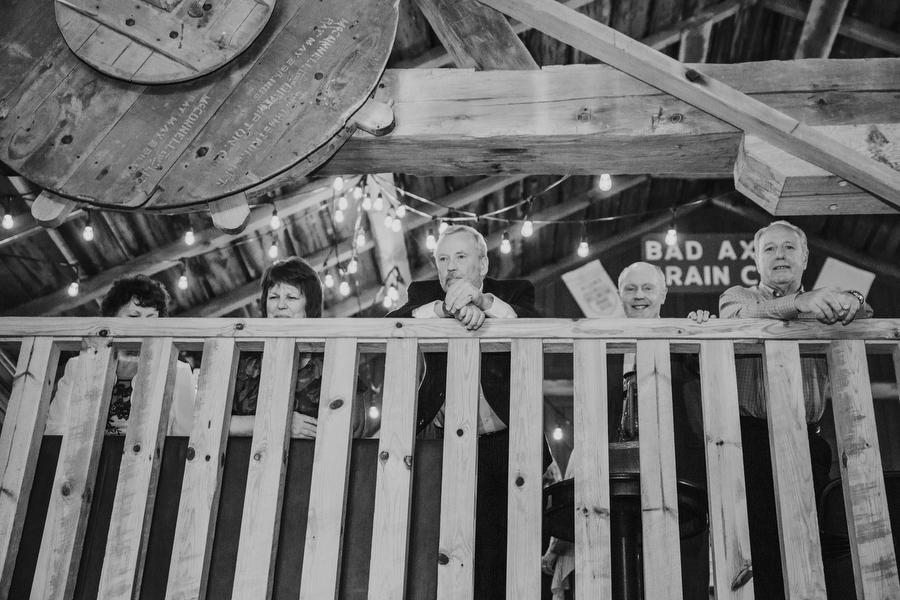 belcroft estates rustic barn wedding photography