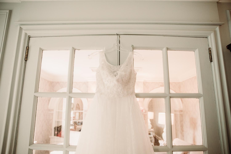 Sash and bustle wedding dress toronto
