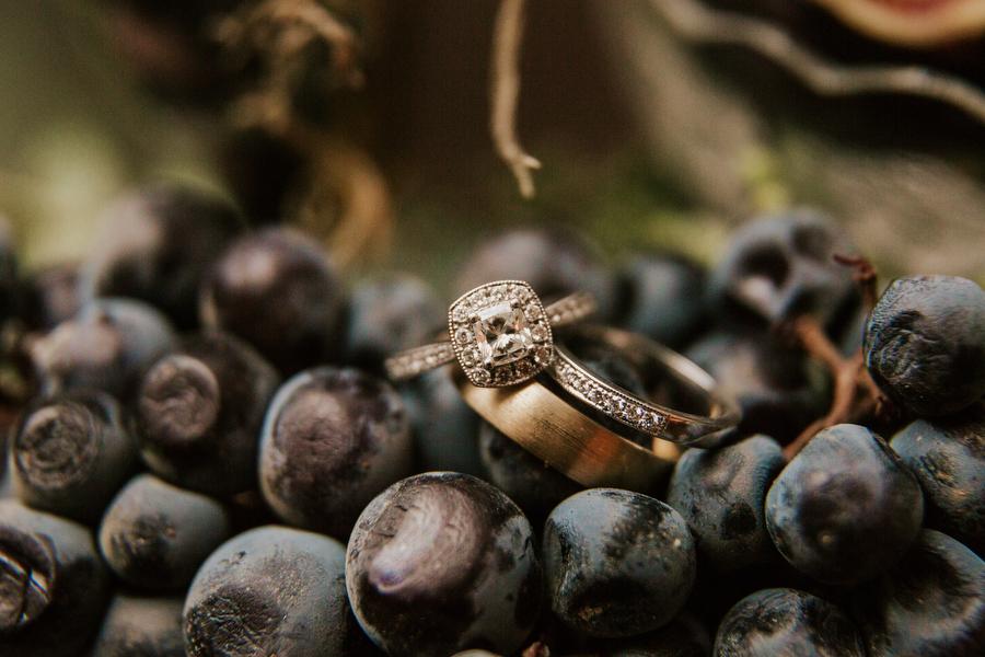 wedding rings photography magnolia studios toronto