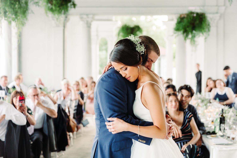 stylish sunnyside pavilion wedding