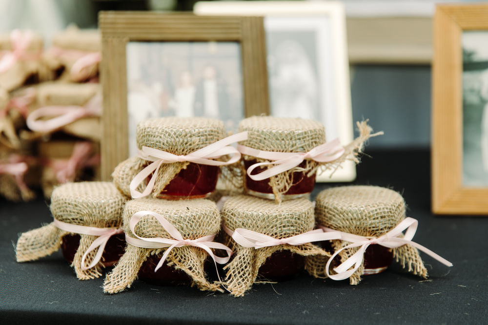 wedding favours homemade jam
