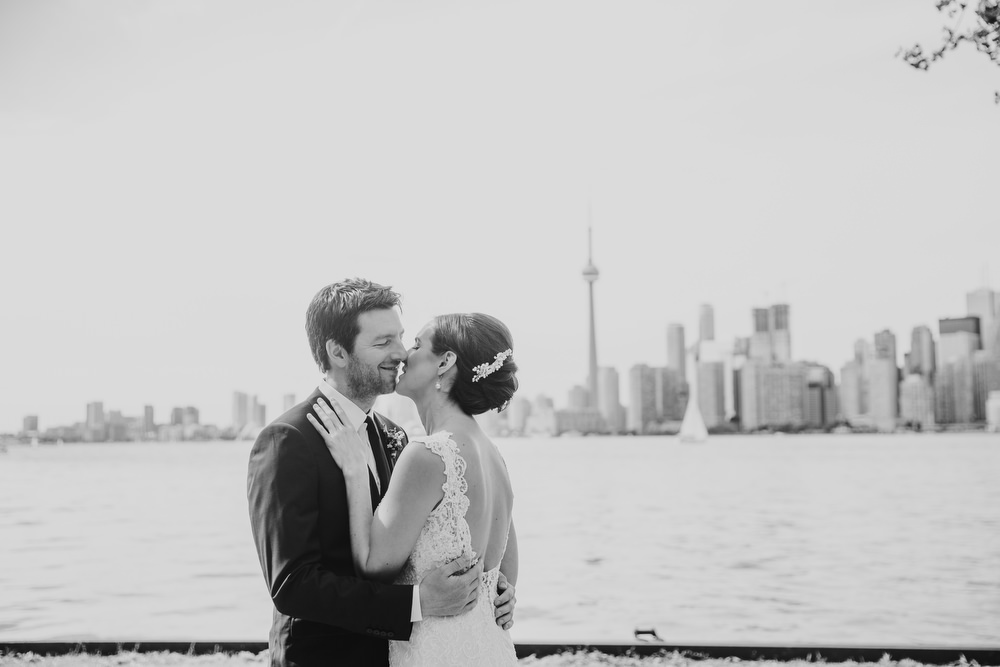 toronto island wedding photographer toronto