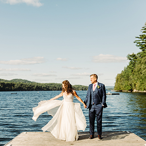 wedding photography at a cottage by the lake in Ontario