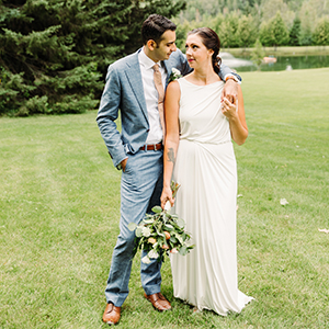 hamilton wedding photography at a rustic venue